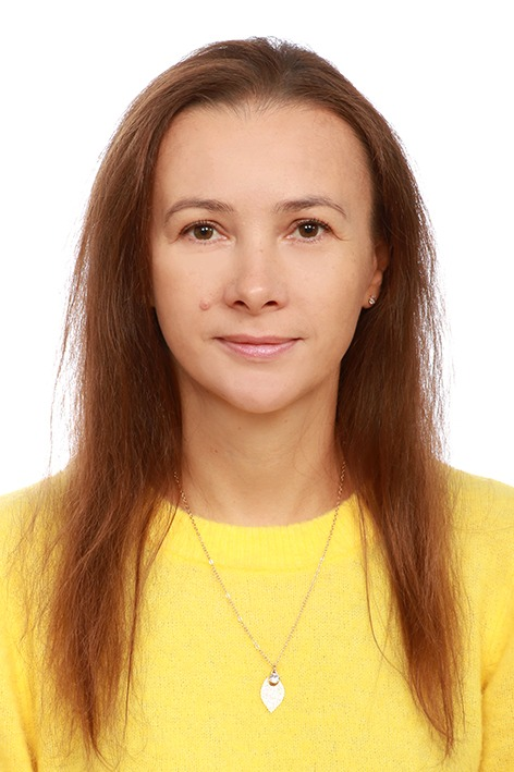 КОНОЩУК Руслана Василівна